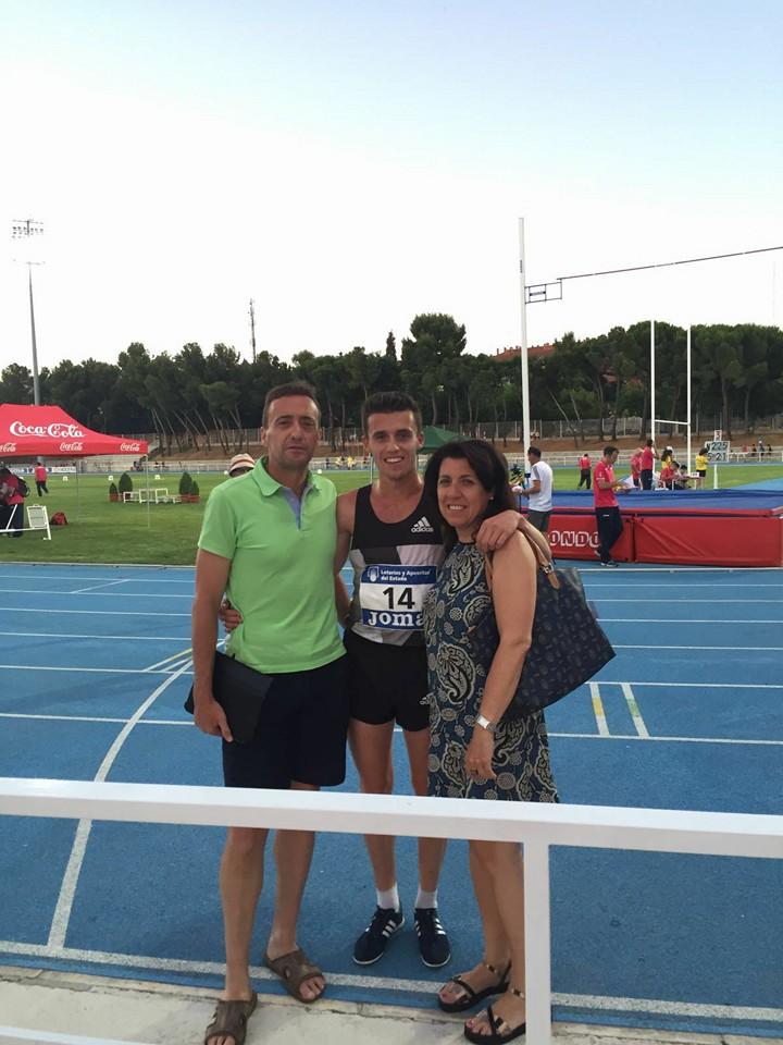 Carlos Mayo tras 5000m 13.54 R Ctos